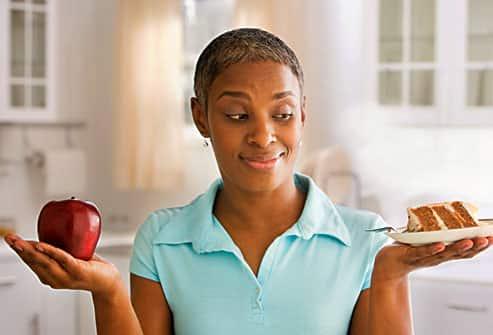 وقتی انسولین تزریق می کنیم چگونه کربوهیدرات بخوریم؟