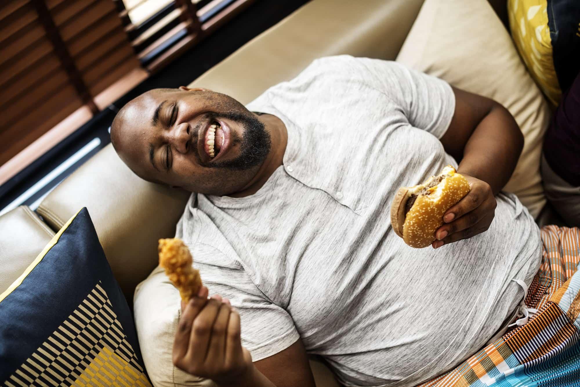 چرا وقتی شب خوب غذا خورده ایم صبح گرسنه تریم؟